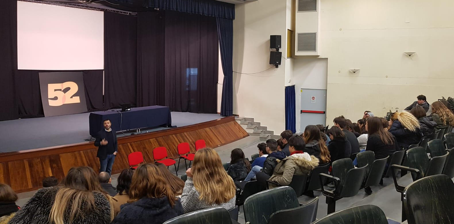 scuola Latina_b